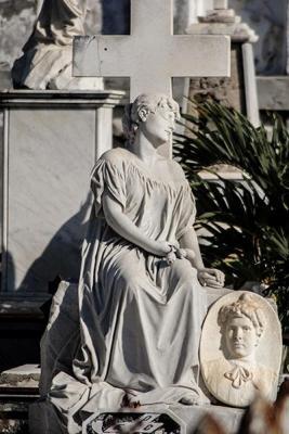 """""""La Bella Durmiente"""" del Cementerio General de Reina, en Cienfuegos"""